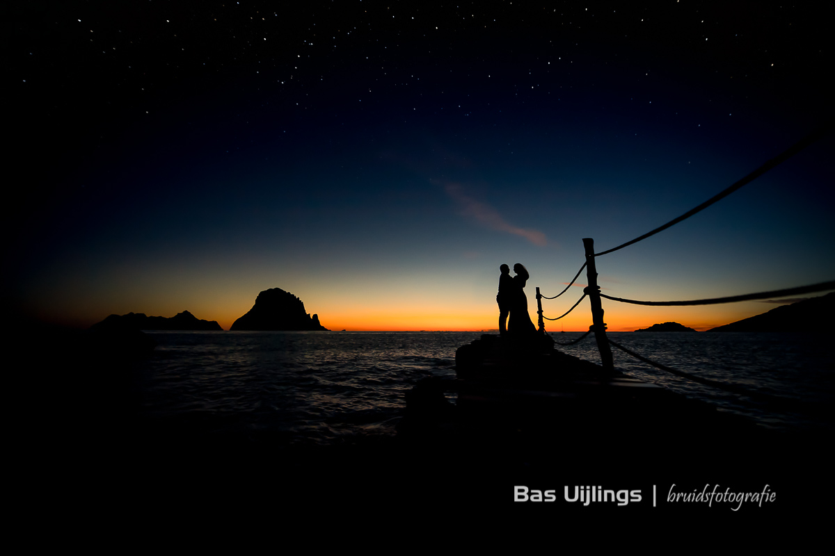 ondergaande zon trouwfoto's op Ibiza