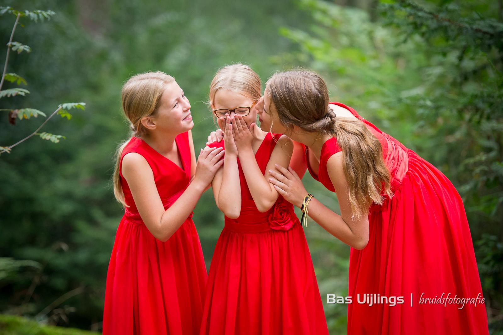 Trouwen In Zeist Bruidsmeisjes rode jurken