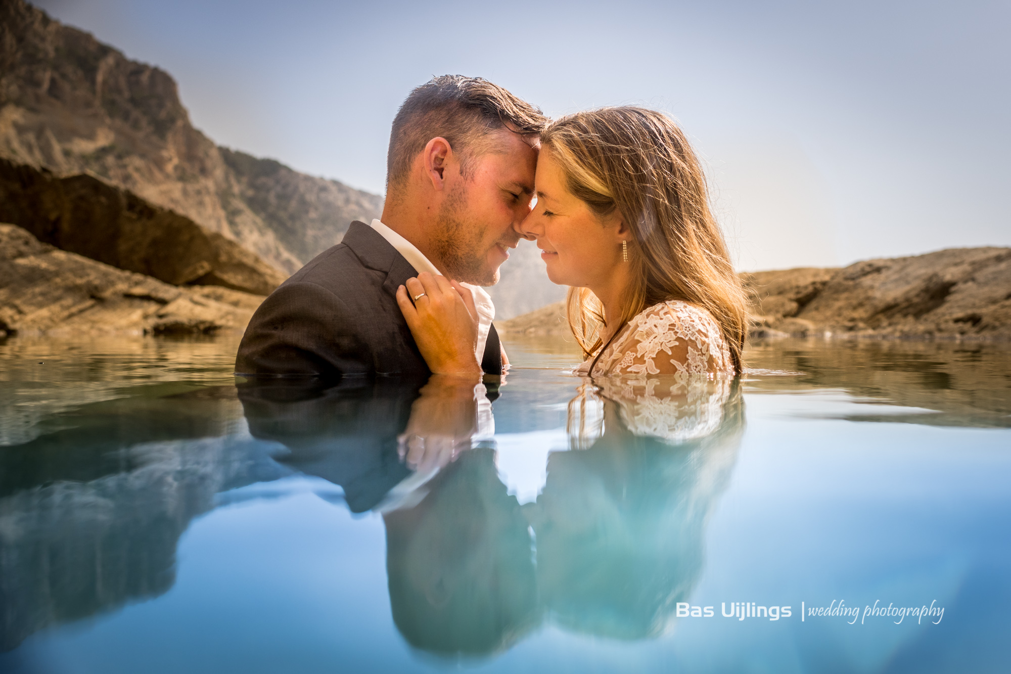 Ibiza online dating beste gay dating Headlines
