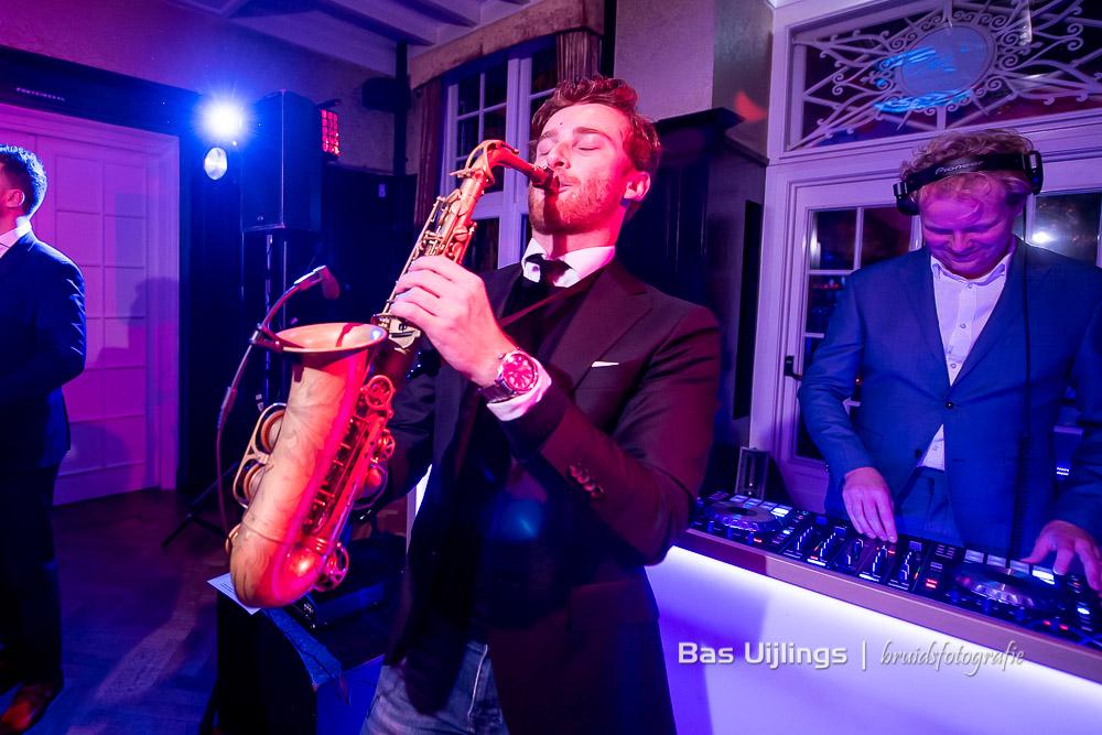 dj en sax trouwfeest Hooge Vuursche in Baarn