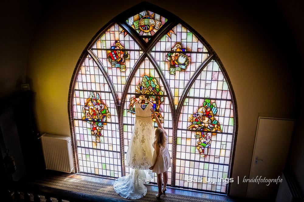 Kasteel Kerckebosch trouwjurk glas in lood foto idee
