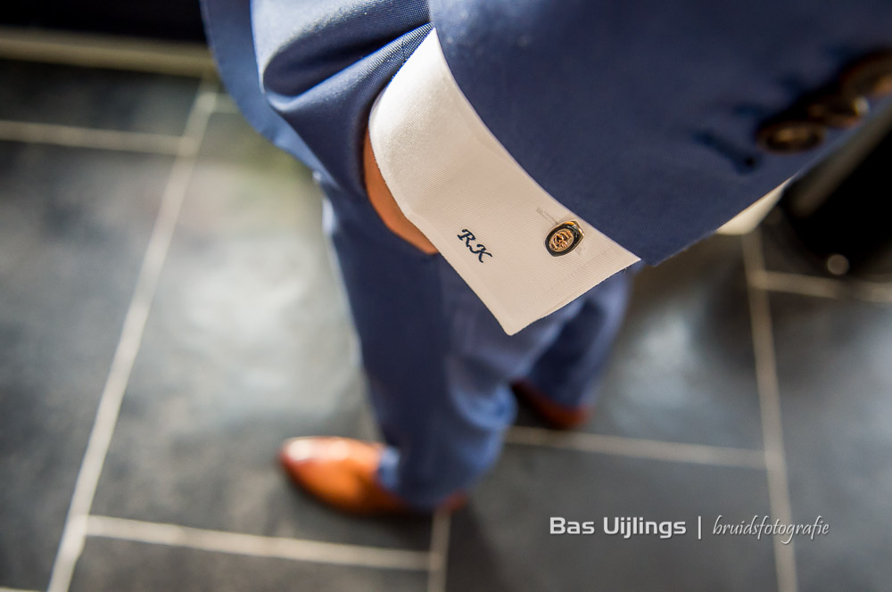 details trouwpak bruidegom