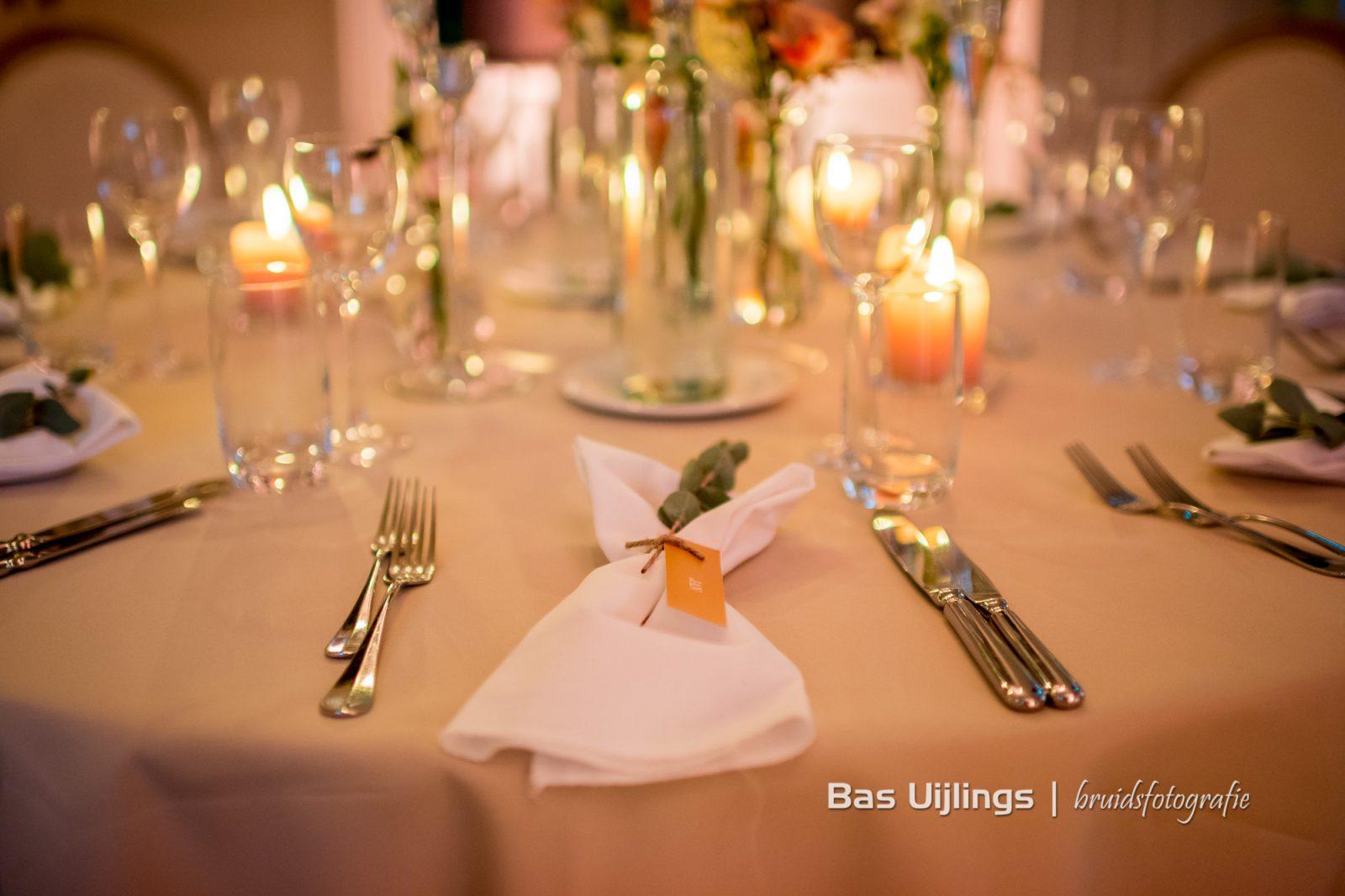 Trouwdatum kiezen dinersetting huwelijk perplexz styling