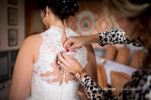 Trouwen Chateau Neercanne - Bas Uijlings bruidsfotografie-007